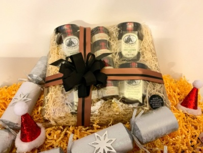 Toast Topper Hamper